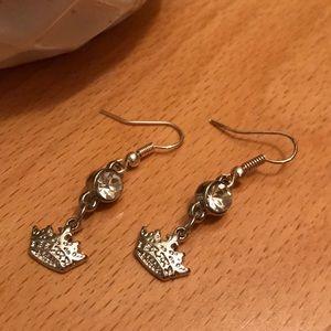Jewelry - Silver crown charm earrings